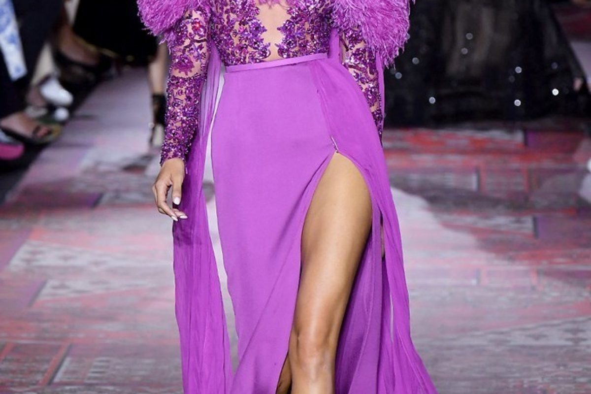"<span class=""hot"">Hot <i class=""fa fa-bolt""></i></span> Zuhair Murad 