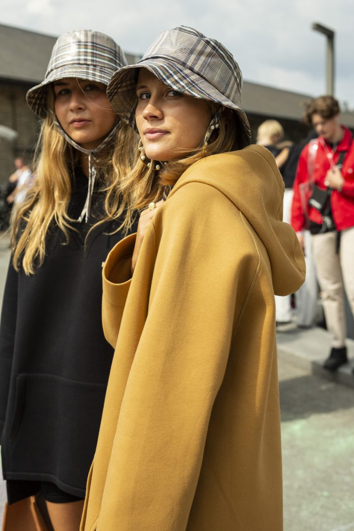 "<span class=""hot"">Hot <i class=""fa fa-bolt""></i></span> Copenhagen Fashion Week | Street style |"