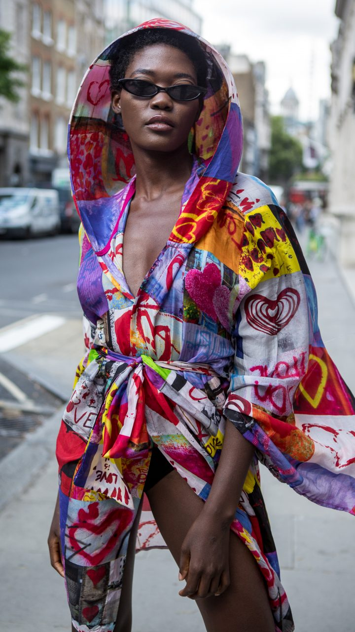 "<span class=""hot"">Hot <i class=""fa fa-bolt""></i></span> Street style @ Africa Fashion Week | London |"