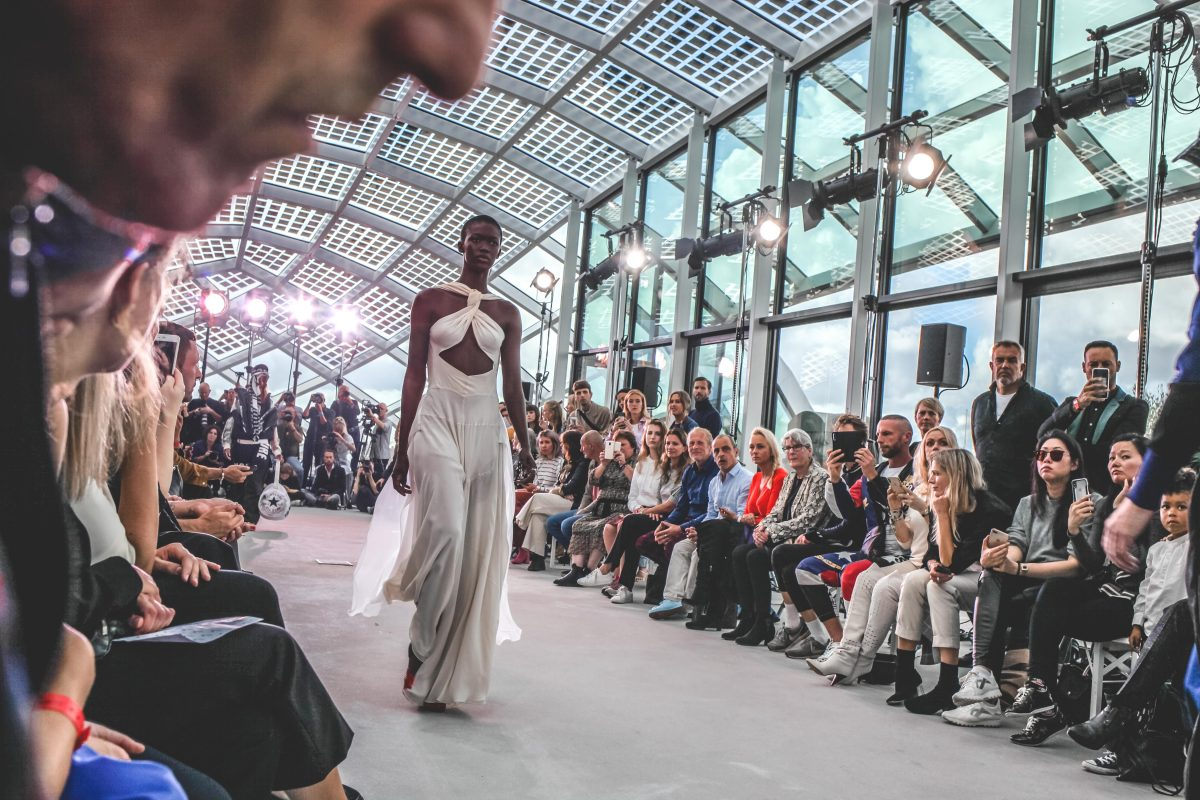 "<span class=""hot"">Hot <i class=""fa fa-bolt""></i></span> Amsterdam Fashion Week 