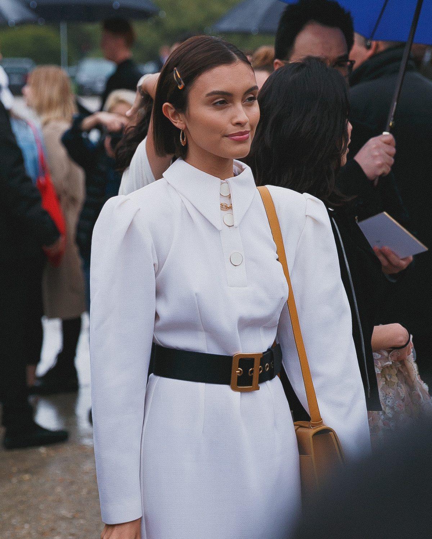 "<span class=""hot"">Hot <i class=""fa fa-bolt""></i></span> Street style @ Paris Fashion Week | PFW | SS20 | 02 |"