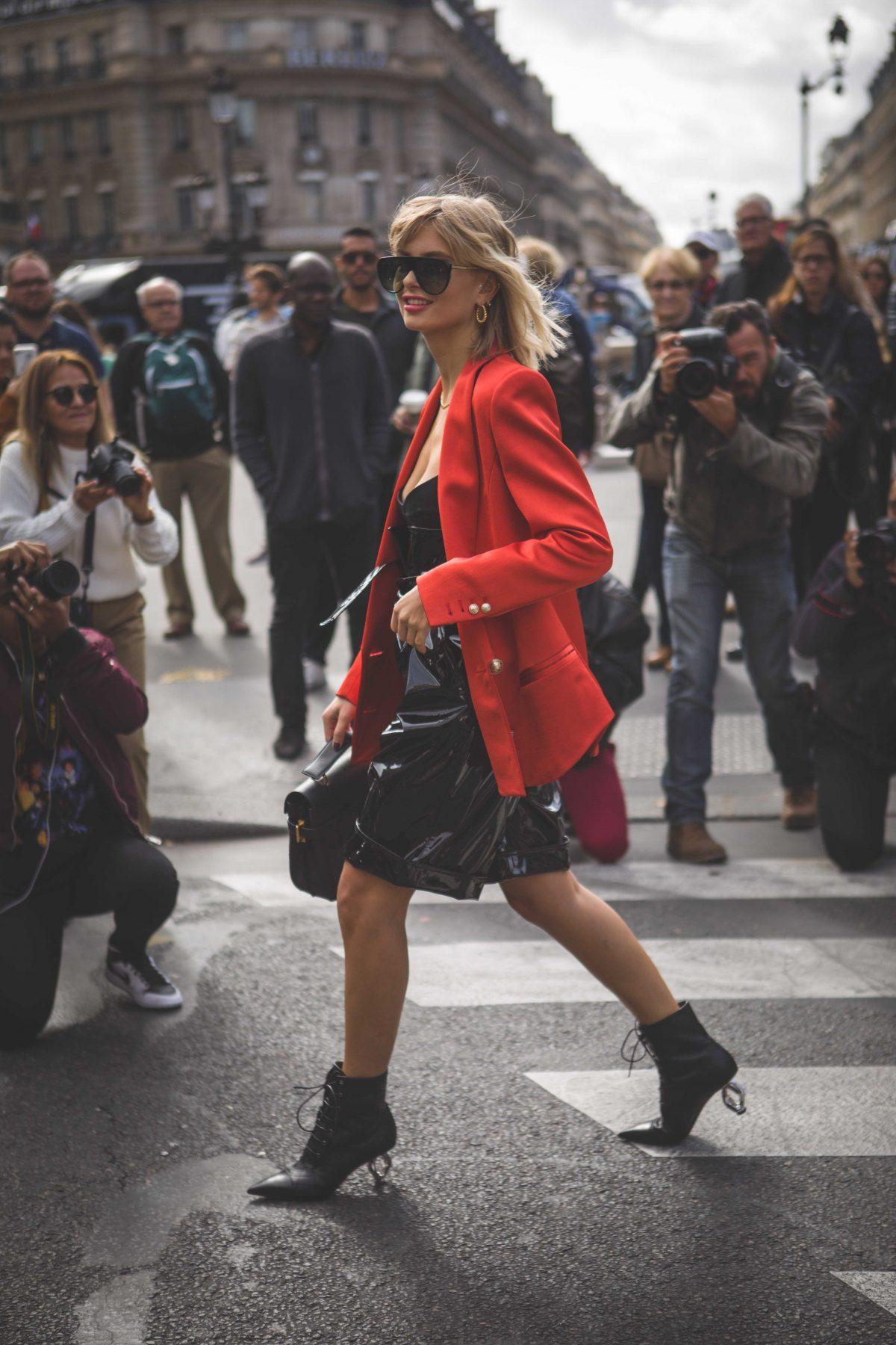 "<span class=""hot"">Hot <i class=""fa fa-bolt""></i></span> Street style @ Paris Fashion Week | SS20 | Pt 7 |"