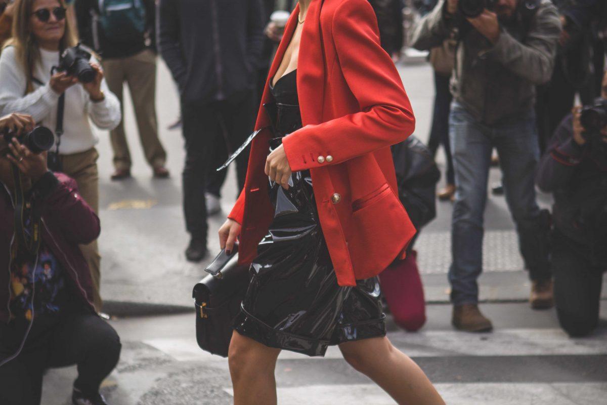 "<span class=""hot"">Hot <i class=""fa fa-bolt""></i></span> Street style @ Paris Fashion Week   SS20   Pt 7  "