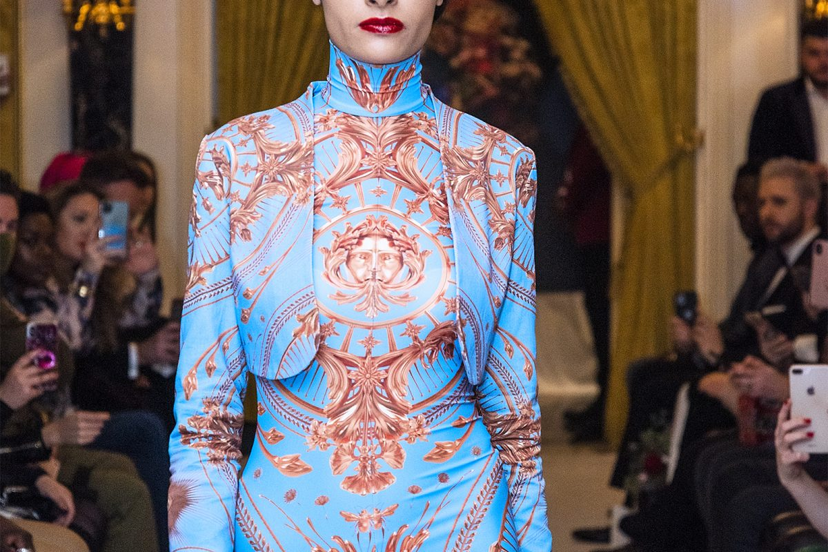 "<span class=""hot"">Hot <i class=""fa fa-bolt""></i></span> Feature 