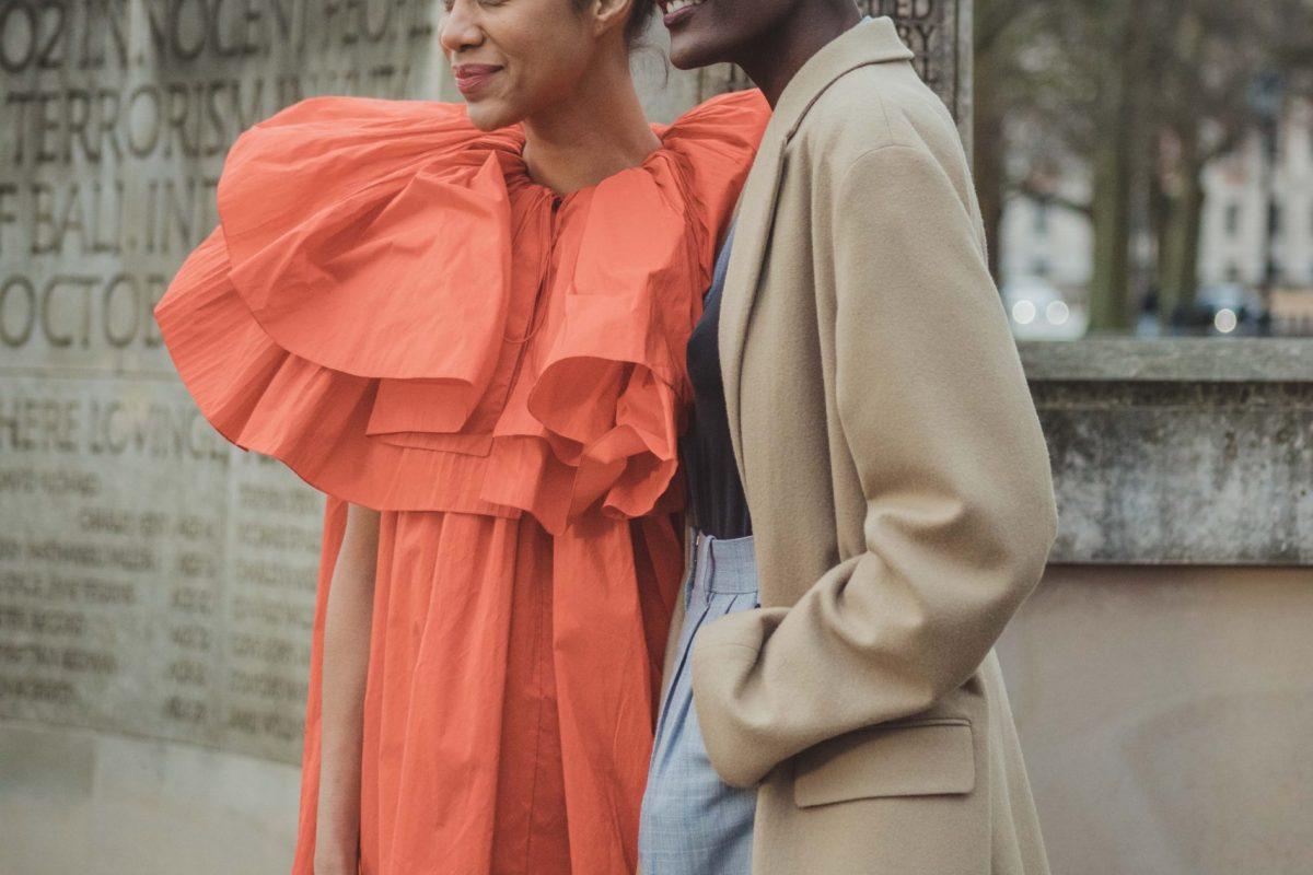 "<span class=""hot"">Hot <i class=""fa fa-bolt""></i></span> Streetstyle @ London Fashion Week |II | LFW |"