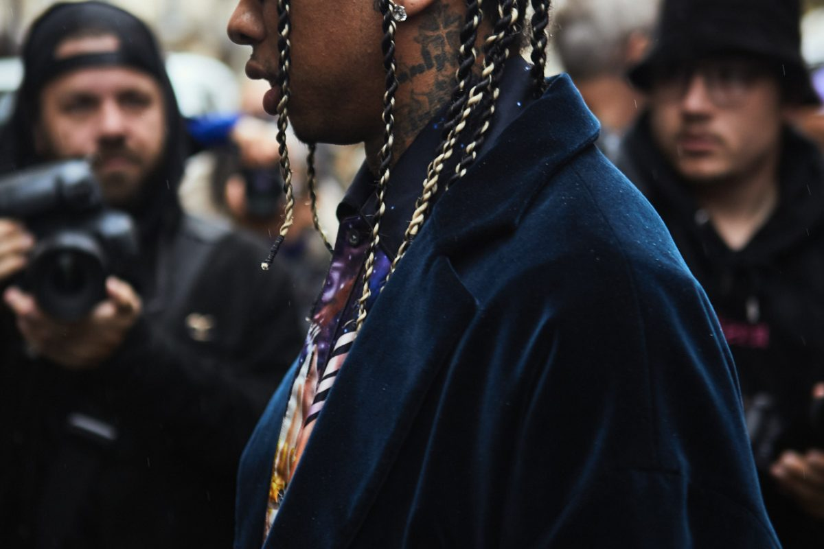 "<span class=""hot"">Hot <i class=""fa fa-bolt""></i></span> Street Style | Paris Fashion Week | Day 6 & 7 | #Lanvin |"